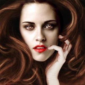 Bella Swan (Kristen Stewart) como Vampira en Amanecer parte 2