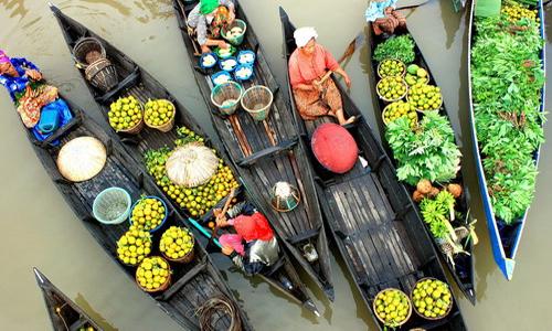 Chợ nổi trên sông ở Damnoen Saduak