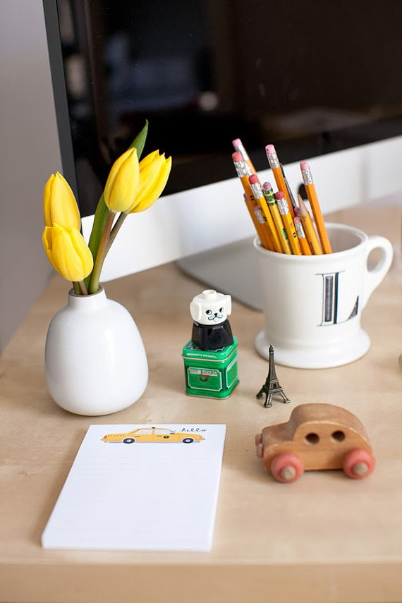 GotPrint taxi notepads on design office desk