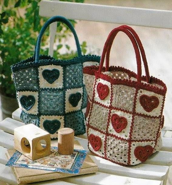 Красивая вязаная сумочка