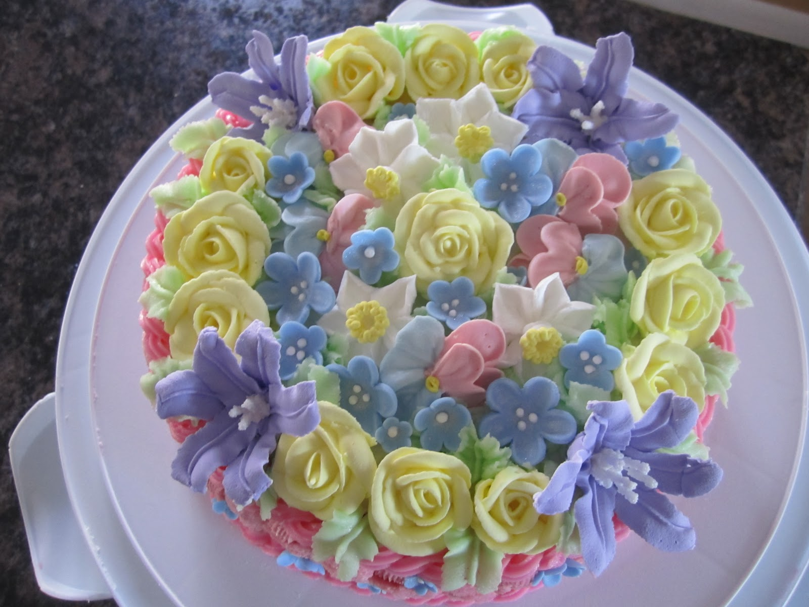 How To Make A Basket Of Flowers Cake : My cake flower basket