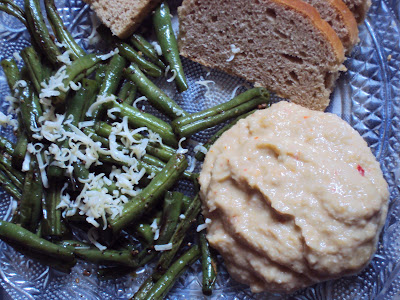 beans for breakfast ... hummus, beans and homemade wheat bread ...
