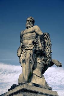 Estatua de Hércules - Statue of Hercules