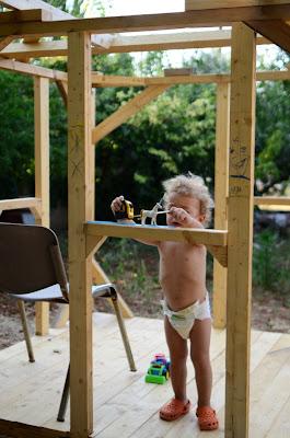 Κατασκευή ξύλινου σπιτιού για παιδιά
