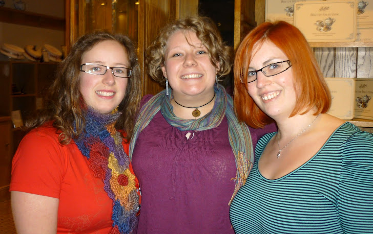 Styna, Munchkin and Bones!