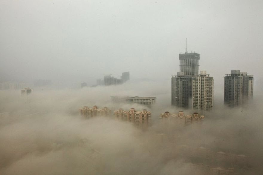 You Will Want To Recycle Everything After Seeing These Photos! - Beijing In A Cloud Of Smog