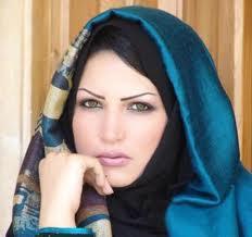 خمس خطوات أساسية لارتداء الحجاب بشكل صحيح وجميل....- امرأة فتاة بنت محجبة الحجاب الاسلامى