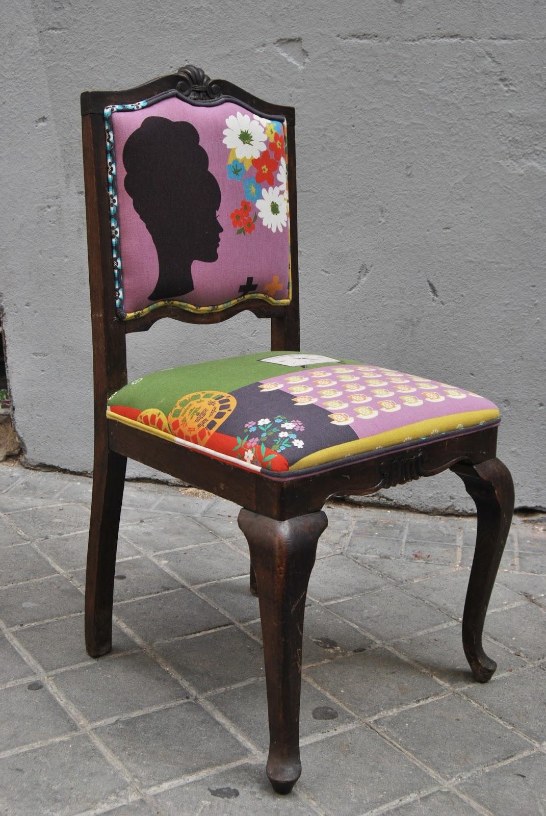 La tapicera silla descalzadora tapizada con tela retro for Sillas modernas vintage