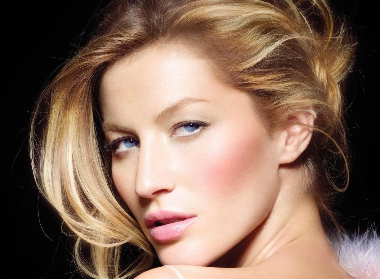 Gisele Bundchen Wallpapers Free Download