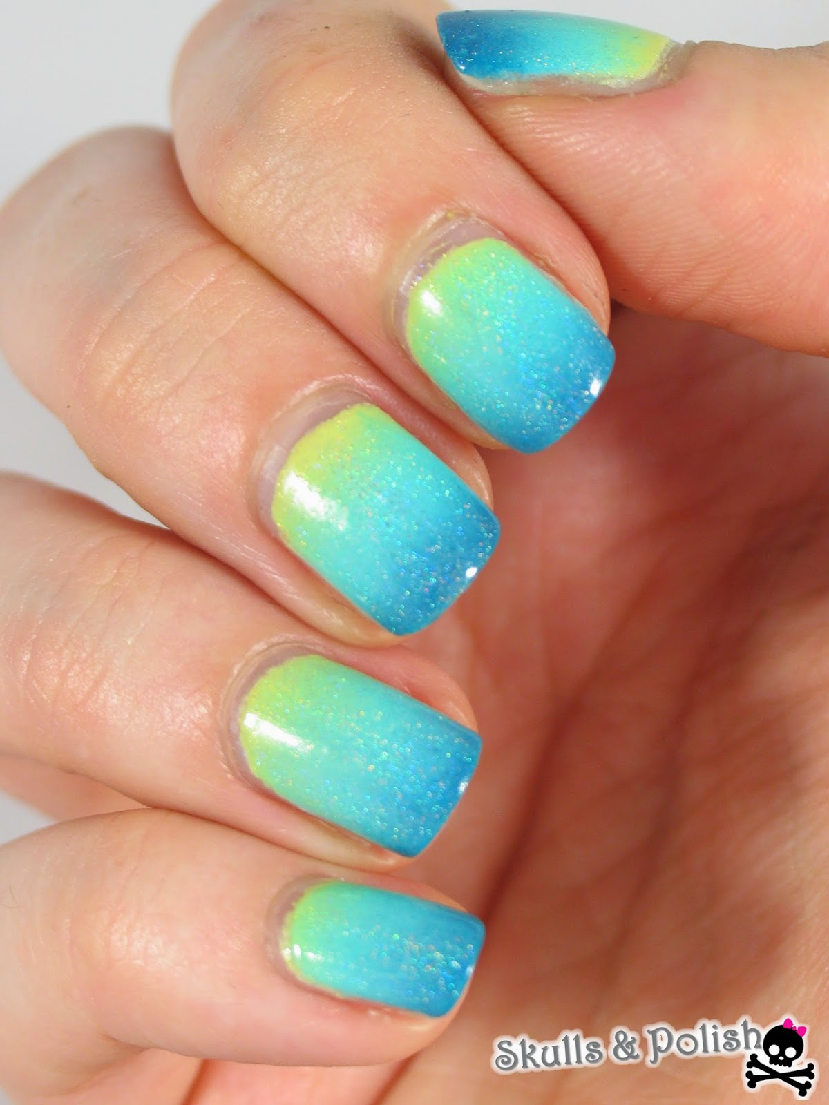 Kiko_mint_milk_essence_shopping_at_portobello_road_sinful_colors_jaune_pastel_djinn_in_a_bottle_enchanted_polish_gradient_nails