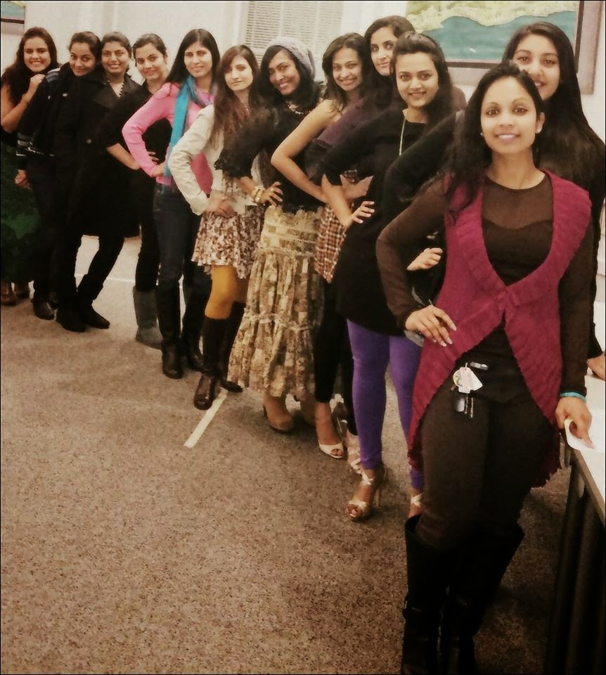 Real Indian housewives, different indian ladies, a group of women,