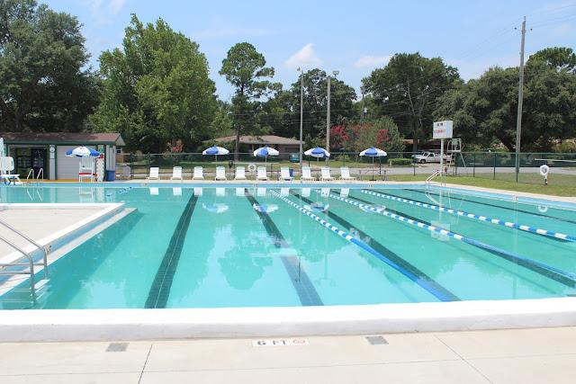 Public pool in Pensacola, FL