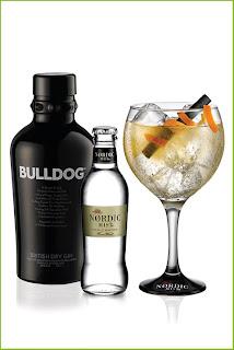 Bulldog Gin With Glasses