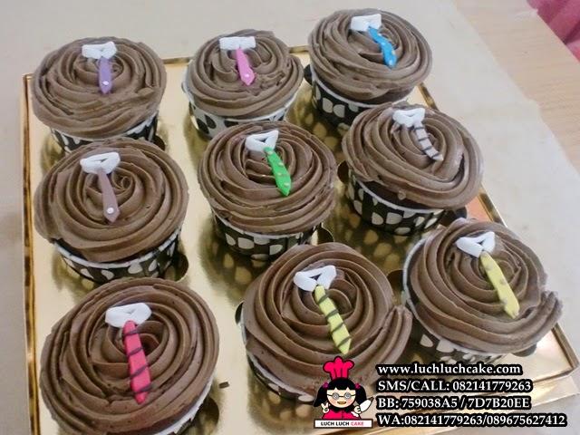 Cupcake Buttercream Tema Dasi Rasa Moka Daerah Surabaya - Sidoarjo