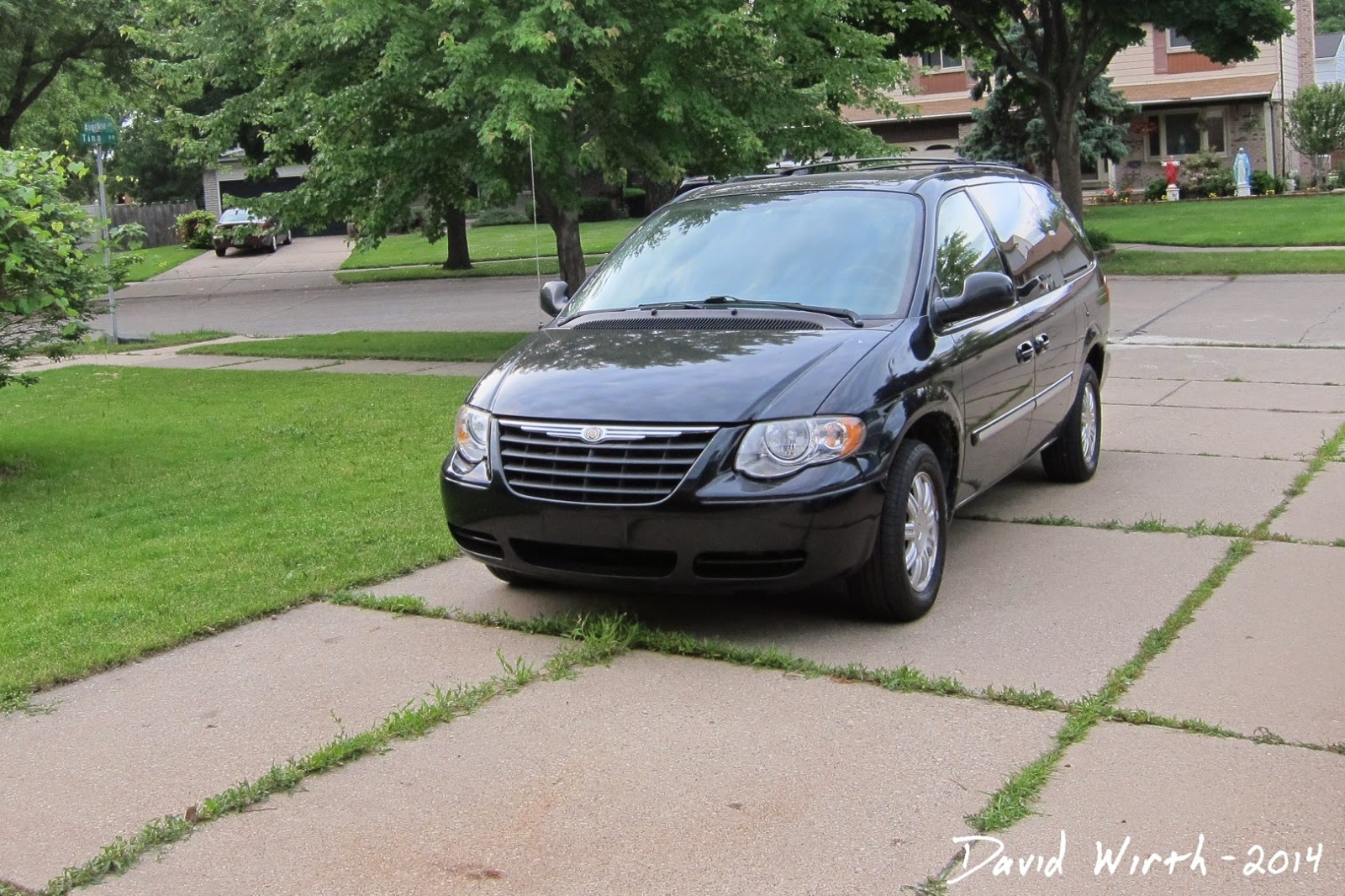 chrysler town and country, common problems, fix