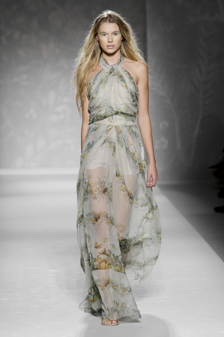 via fashioned by love | Alberta Ferretti Spring/Summer 2011 | floral trend