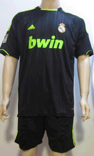 Real Madrid away jersey for the 2012-2013 season