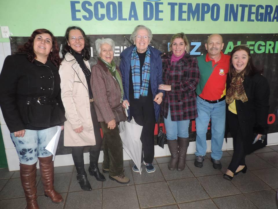 Manoel com Marta Marques, Sarita Barros, Sonia Alcalde, Nadia La Bella, Antonia Bozzano