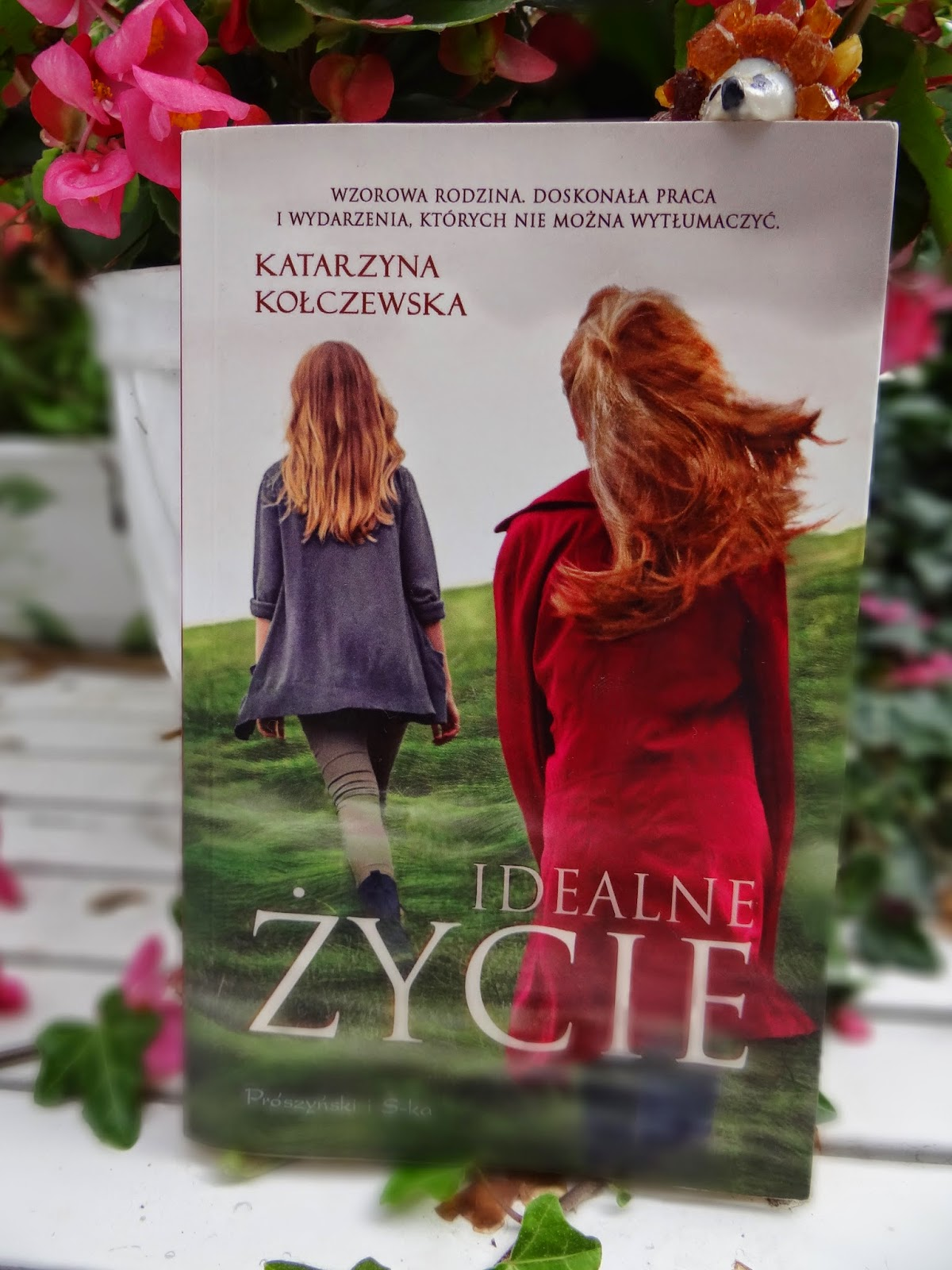 """Katarzyna Kołczewska """"Idealne życie"""" recenzja"""