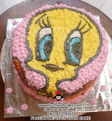 Tweety Buttercream Cake Daerah Surabaya - Sidoarjo