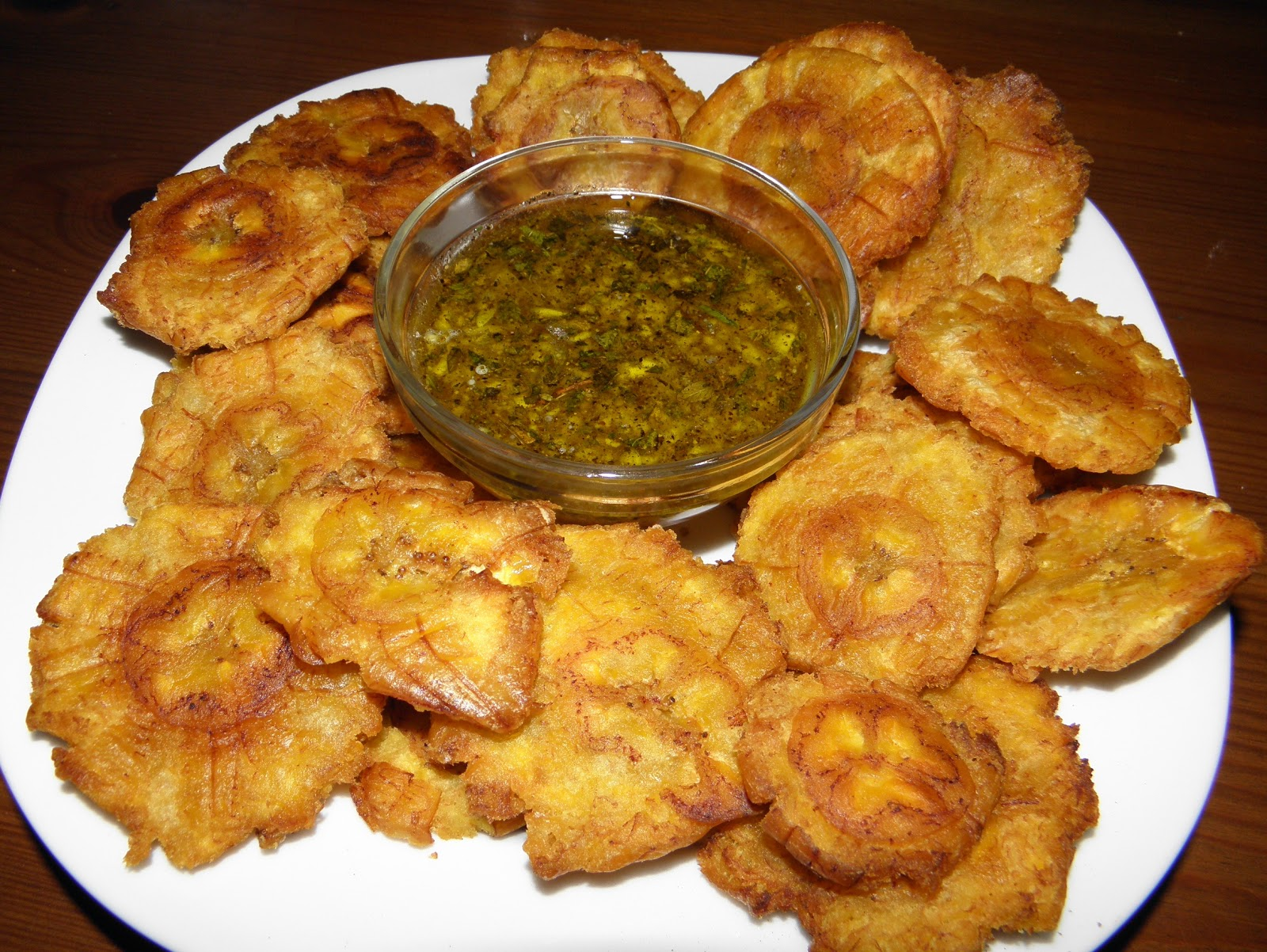 Tostones, fried green plantain | Buen Provecho Enjoy Your Food Gluten ...