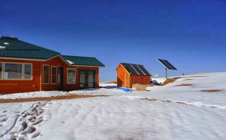 Living off grid in northern canada