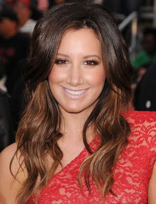 Ashley Tisdale Long Wavy Hairstyle Ashley Tisdale goes ombre with wavy long
