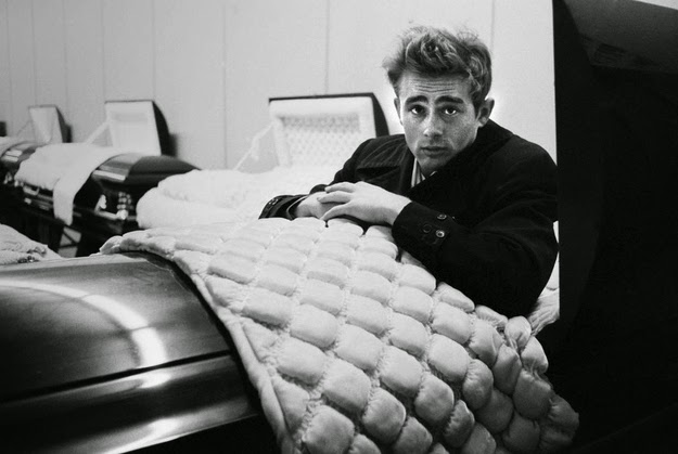 See Eerily Photos Of James Dean Posing With A Coffin In