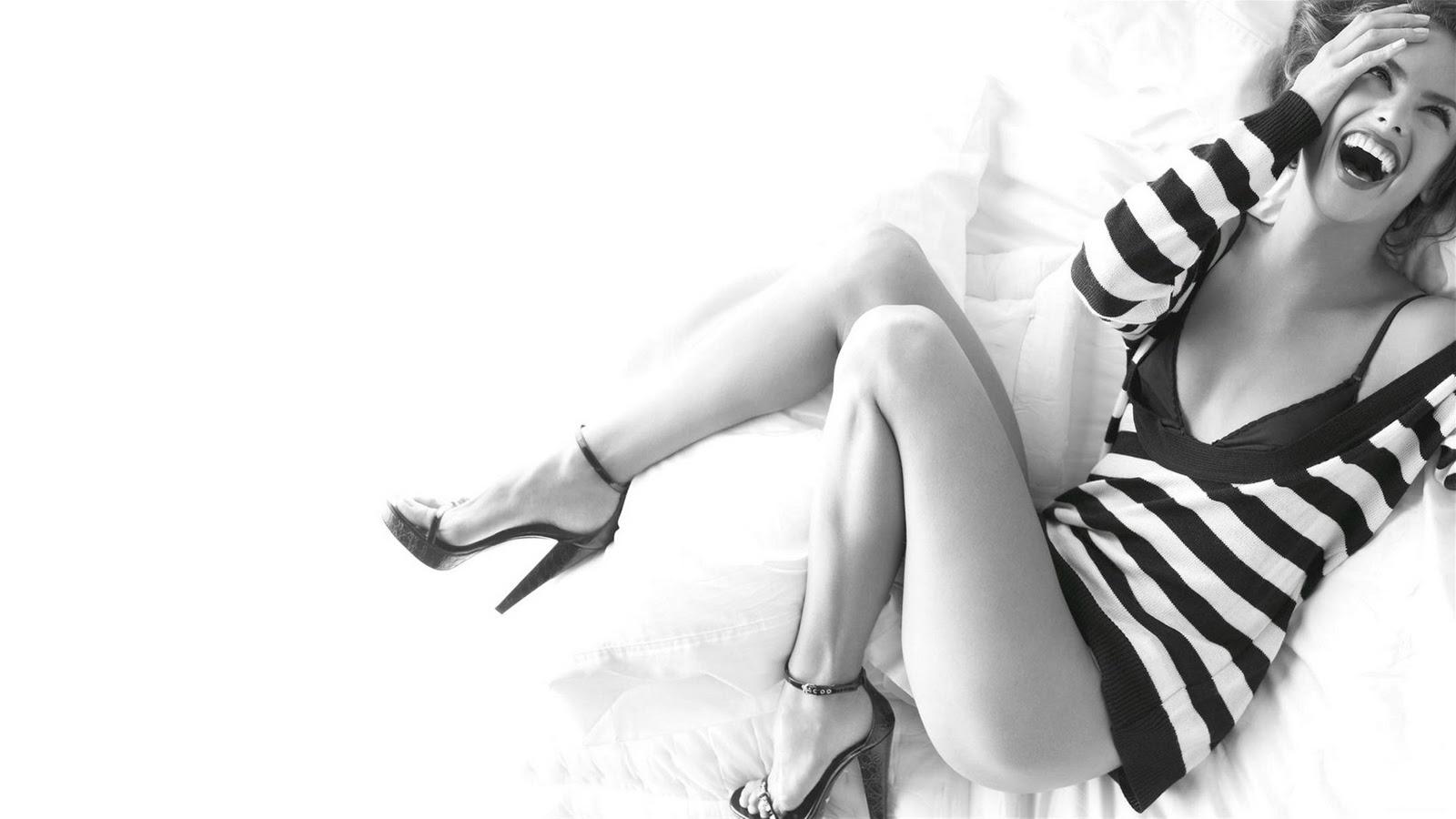 Alessandra Ambrosio Wallpaper - HD Wallpapers