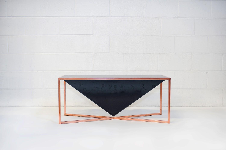 Pyramid Table   Beacon MFG