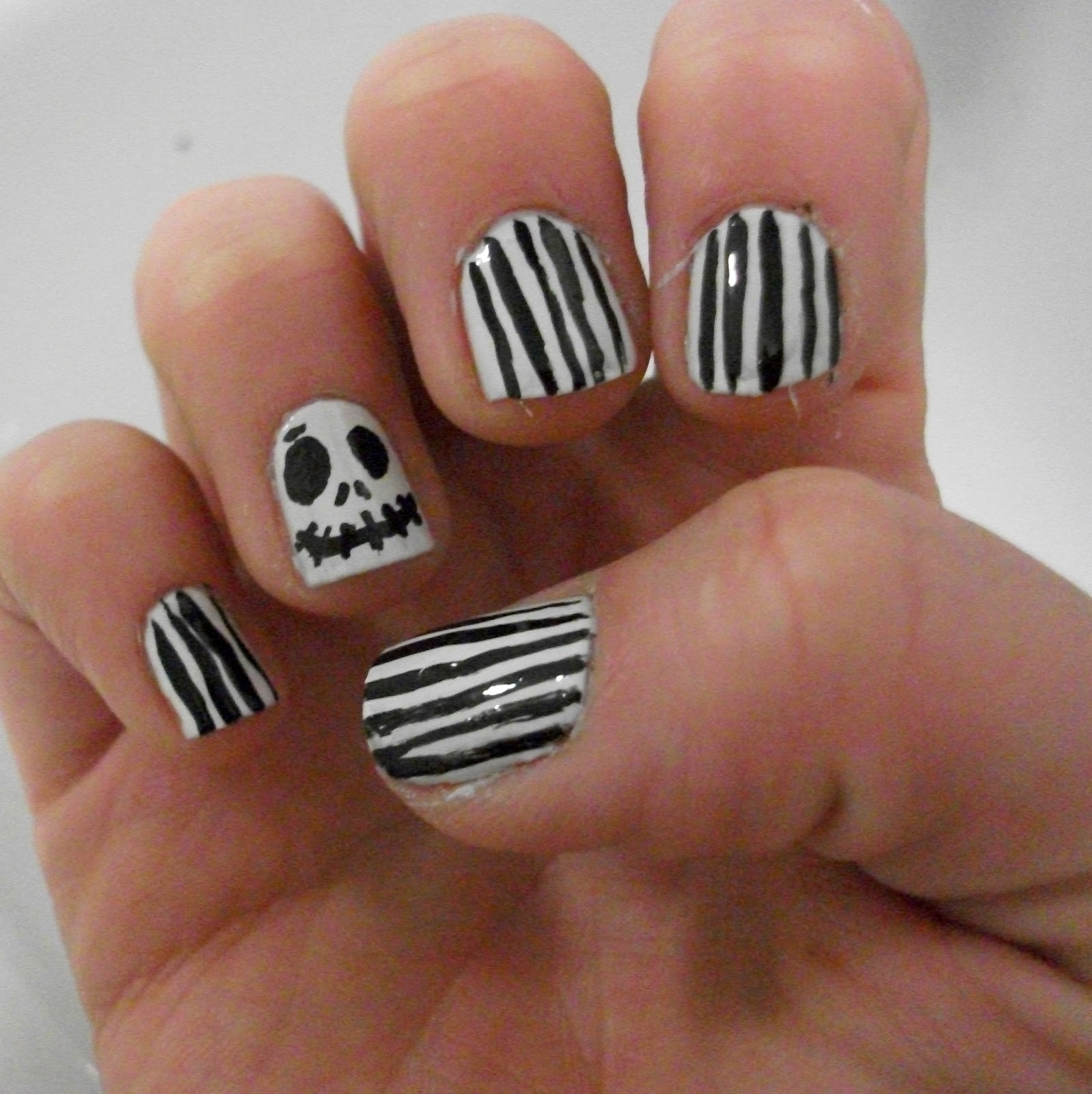 GemSeren UK Beauty Blog: Jack Skeleton Nightmare Before Christmas Nails