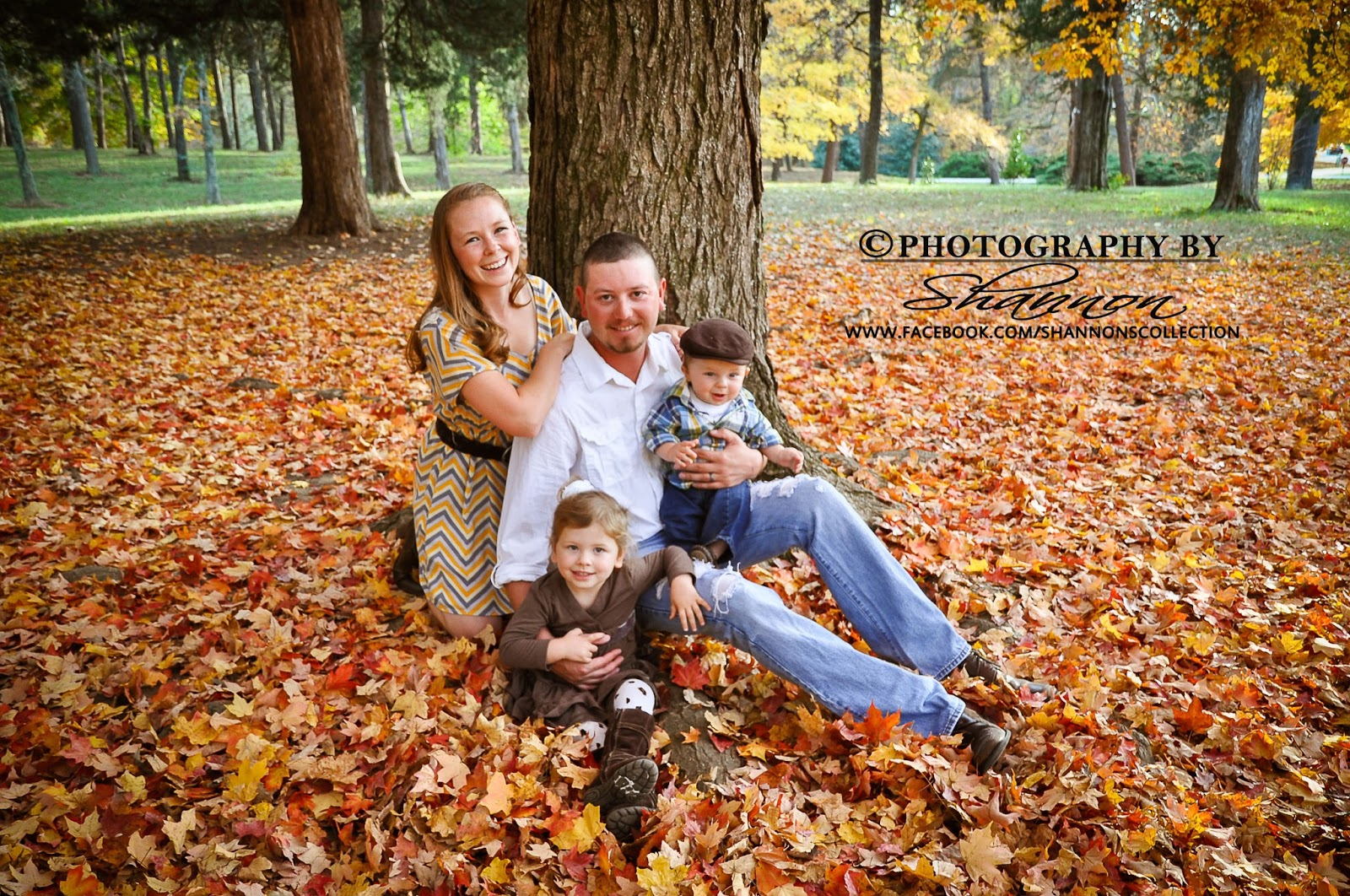 Polkadot fluff what to wear family pictures for Fall family picture ideas outside