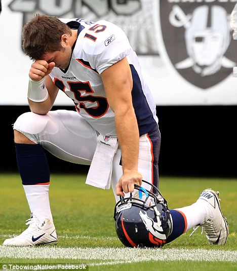 tebowing1