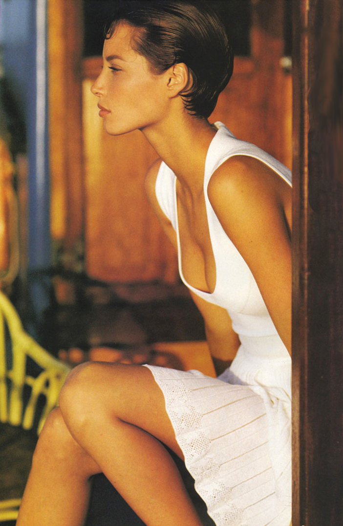 Christy Turlington wearing Azzedine Alaia designs in Tropical white / Vogue US May 1990 (photography: Hans Feurer, styling: Grace Coddinton) via fashioned by love / british fashion blog