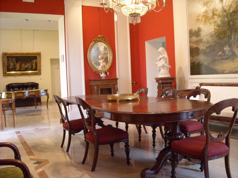 Antiquariato mobili e oggetti antichi maggio 2012 for Mobili antichi francesi