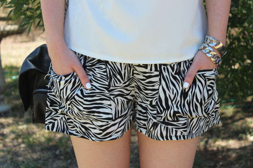 lola vs harper zebra shorts