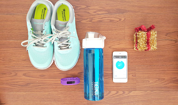Do you need to up your water intake? Find out how you can keep track of your hydration easily & stay fit all year long!