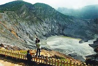 Tangkuban Perahu Mountain Bandung