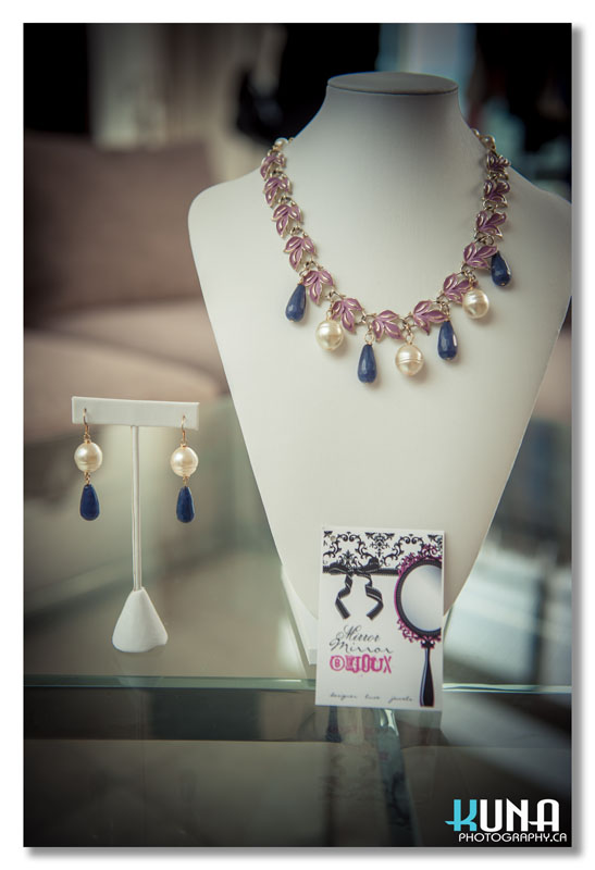 Mirror Mirror Bijoux sponsored prize for styling challenge at Mine and yours and Posing In Vintage blogger event