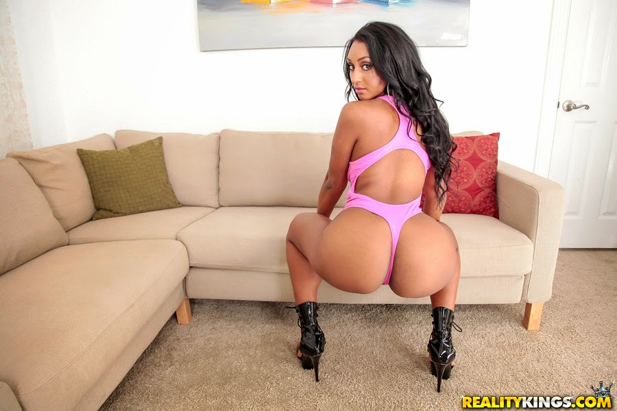 Cherokee d ass huge black ass fucked by slaves white cock 10