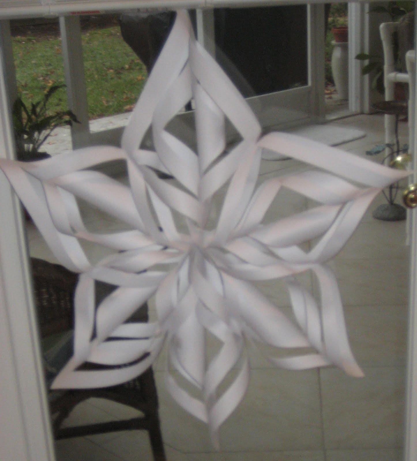 Michellan diy christmas paper snowflakes for Diy paper snowflakes 3d
