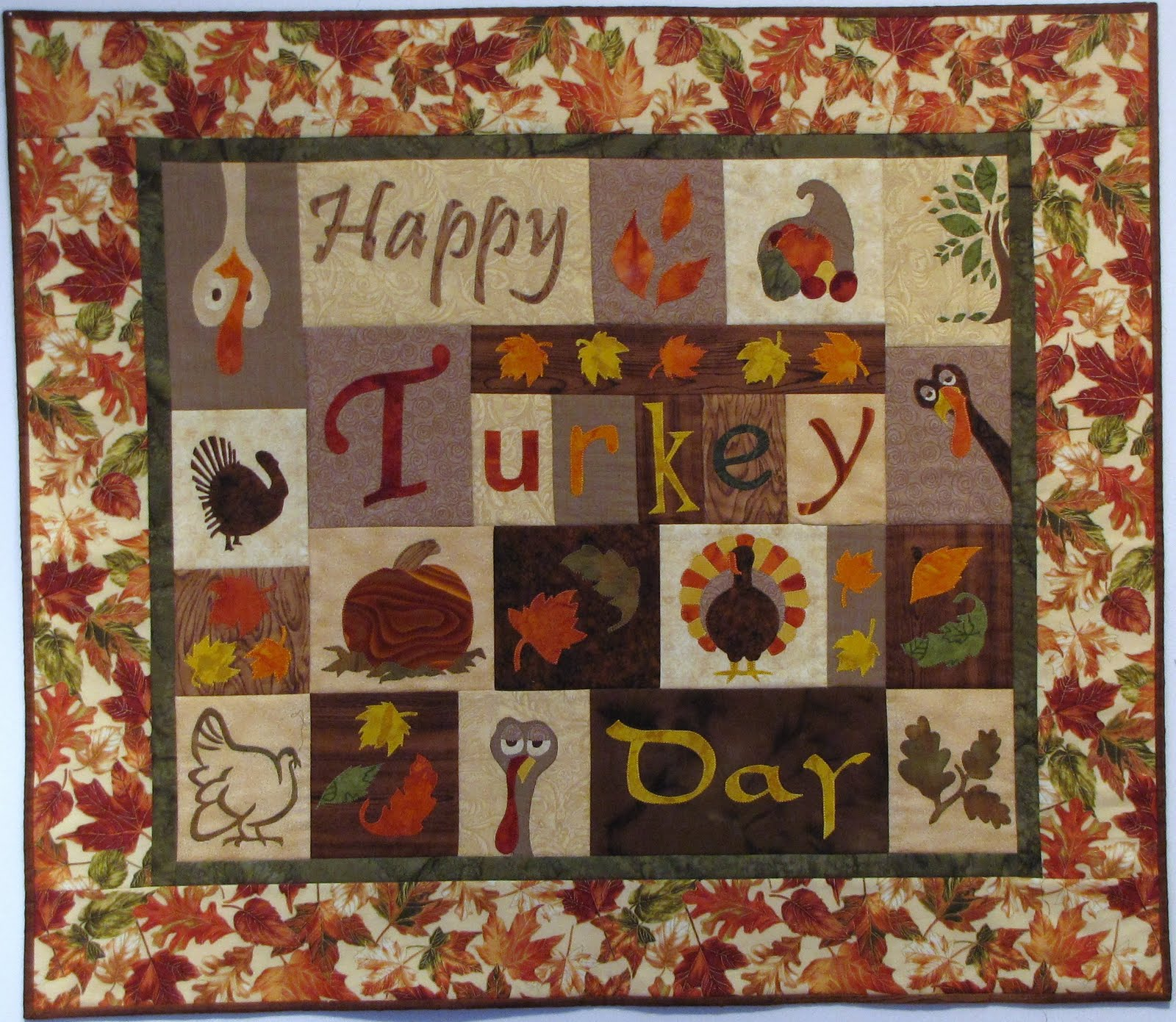 Confessions of a Completionist: Thanksgiving Quilt