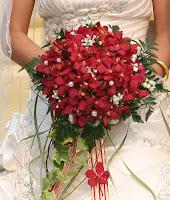 Hoa cưới kiểu thác đổ 2