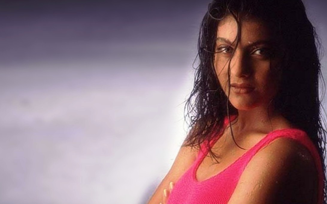 Kajol Devgan Wallpaper 1