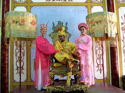 vietnamese costumes