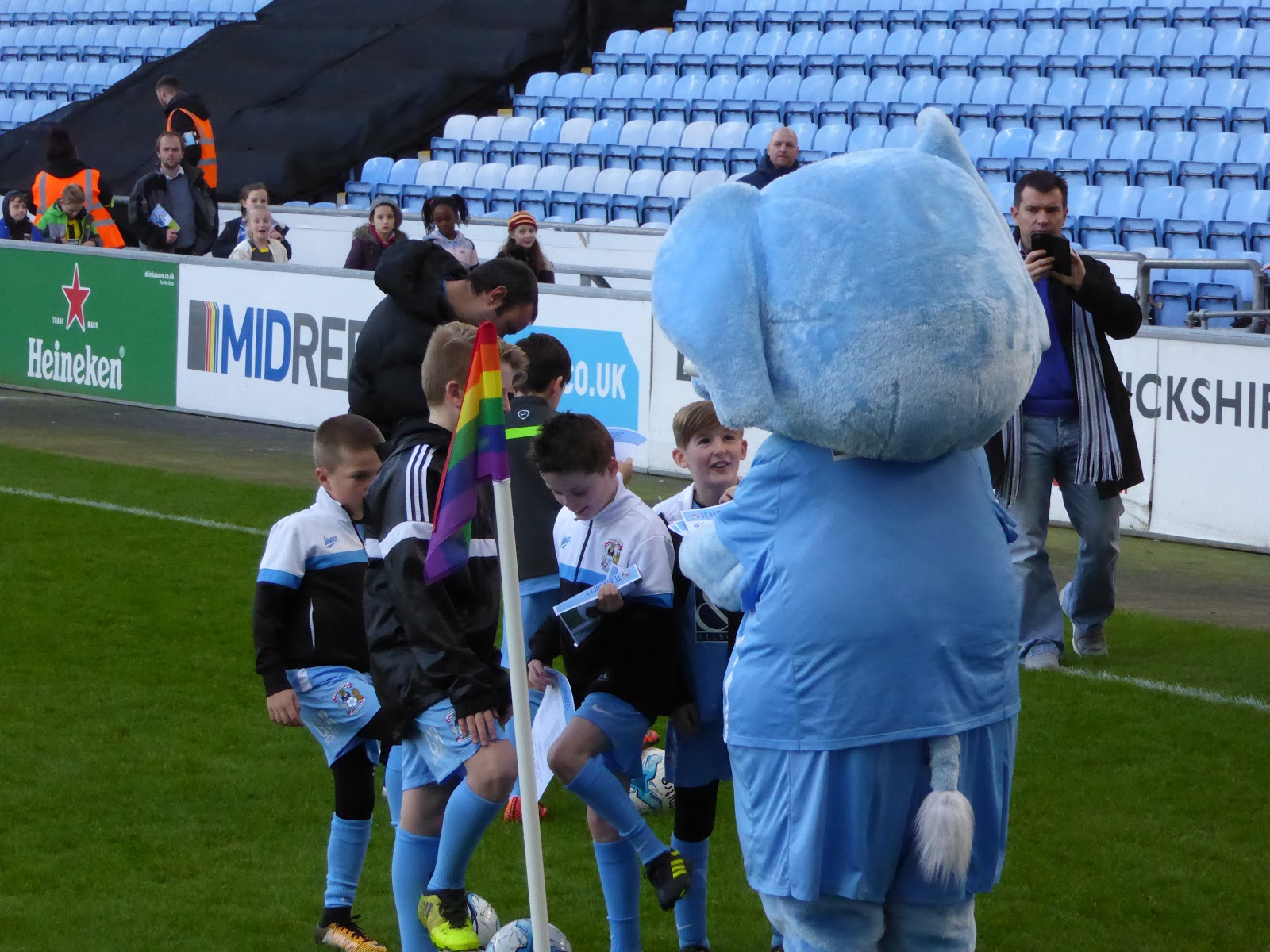 Coventry city fc photos Cached