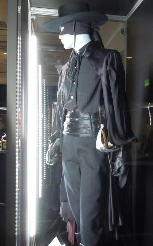 Guy Williams Zorro costume