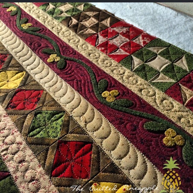 The quilted pineapple primitive gatherings 10th for Red door design quilts