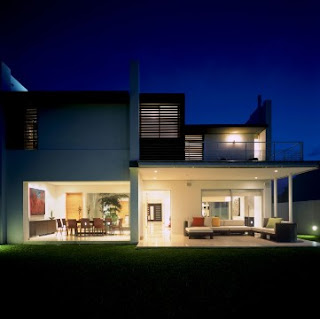 modern house for a night on the dynamic