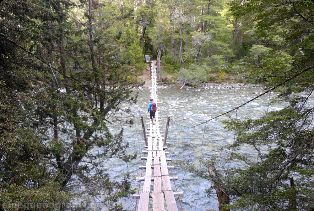Puente río Azul, Bolsón,Bolsón Refugios: Hielo Azul - Natación